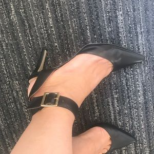 Nine West Size 7 3 1/2 inch pumps